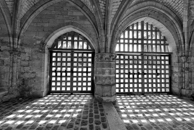 S Torlet - Les portes de l'abbaye