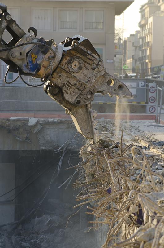 j-ledo-demolition