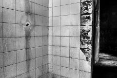 BOUTIGNY Guillaume Seule sous la douche